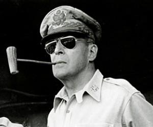 b72c636593fd History of the aviator sunglasses